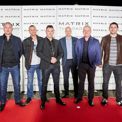 Matrix-Party-128