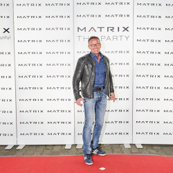 Matrix-Party-183
