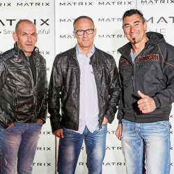 Matrix-Party-230