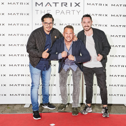 Matrix-Party-299