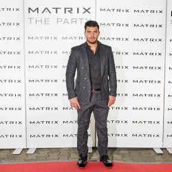 Matrix-Party-300