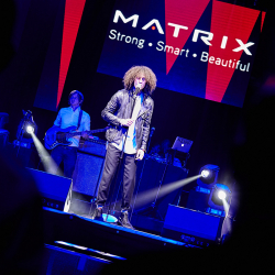 Matrix-Party-394