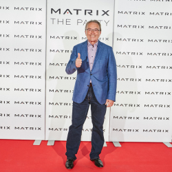 Matrix-Party-060