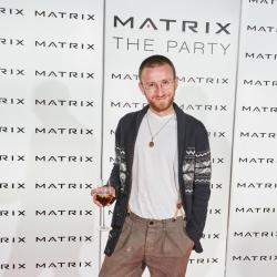 Matrix-Party-198