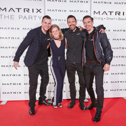 Matrix-Party-231