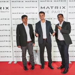 Matrix-Party-250
